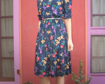 Floral Print 3/4 Sleeve Dress - Small