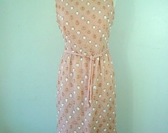1960s Peach-colored, Hand-beaded Dress - Couture Label from Portugal