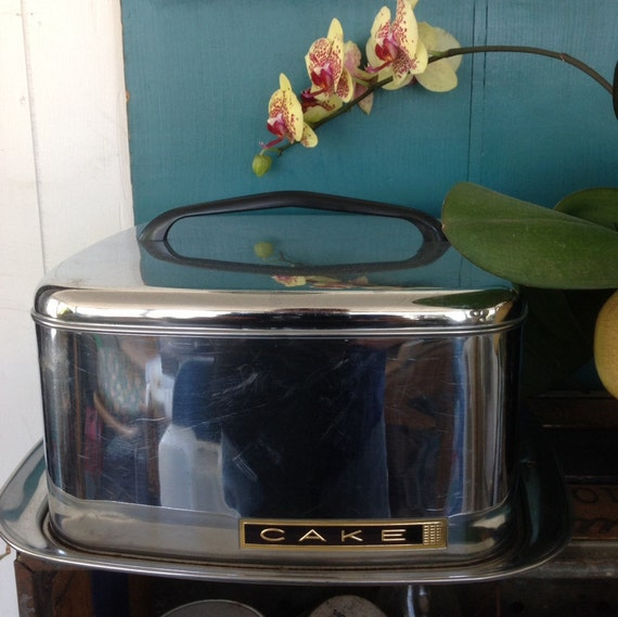 1950s Lincoln Beautyware Stainless Cake Carrier