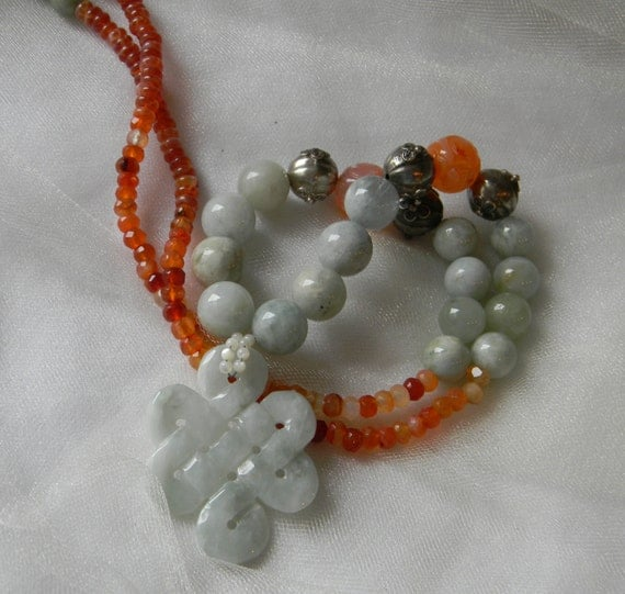 jade infinity knot bead pendant w aquamarine by
