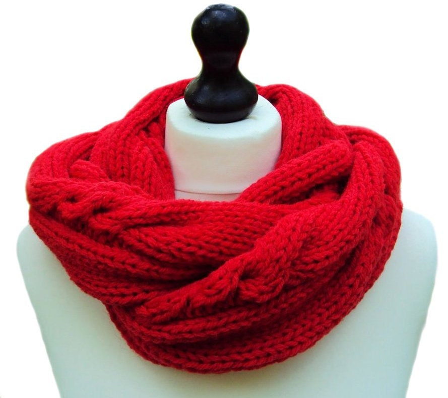 Chunky Knit Scarf Infinity Scarf Cable Knit Infinity by SueMaun
