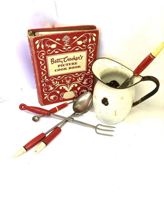 Vintage Objects for Kitchen from Etsy