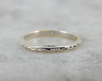 Vintage Narrow Wedding Band With Pretty Decorations J6QV13-N
