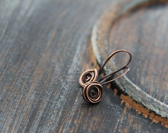 Rose bud small dangle earrings in sterling silver or copper, silver 925 rose earrings, copper rose earrings, wire wrap, flower, woodland