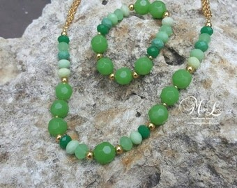 Different Shades of Green Necklace & Bracelet Set