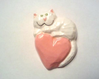Lovable White Cat plaster magnet, Purrfect gift for cat lovers