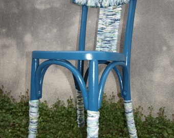 Painted and plaited in trapilho chair, design, decorative, and functional