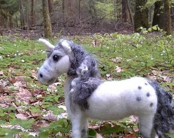 Unicorn ,Fantasy, fairytale, soft sculptur unicorn, needel felting, one of a kind, collectible critter,Soft sculpture , eco, white Horse