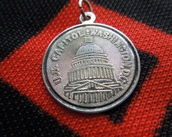 Sterling Capitol Charm Figural U.S. Capitol Washington D.C. Disk Charm Sterling Silver Charm for Bracelet from Charmhuntress 01907