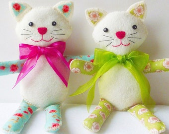 Cat Doll PDF Sewing Pattern and Tutorial, Dizzy Izzy Kitty, Instant Download, Easy Step-by-Step Instructions