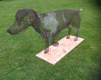 German Pointer wire sculpture figure