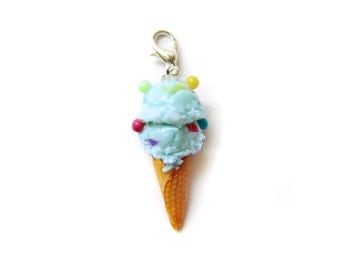 Bubblegum Ice Cream Charm, Miniature Food Jewelry, Polymer Clay Ice Cream Charm, Ice Cream Jewelry, Food Stitch Marker
