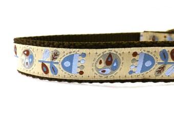 Modern Flowers on Beige dog collar/ Adjustable dog collar