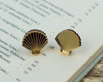 Tiny gold seashell stud/post earrings