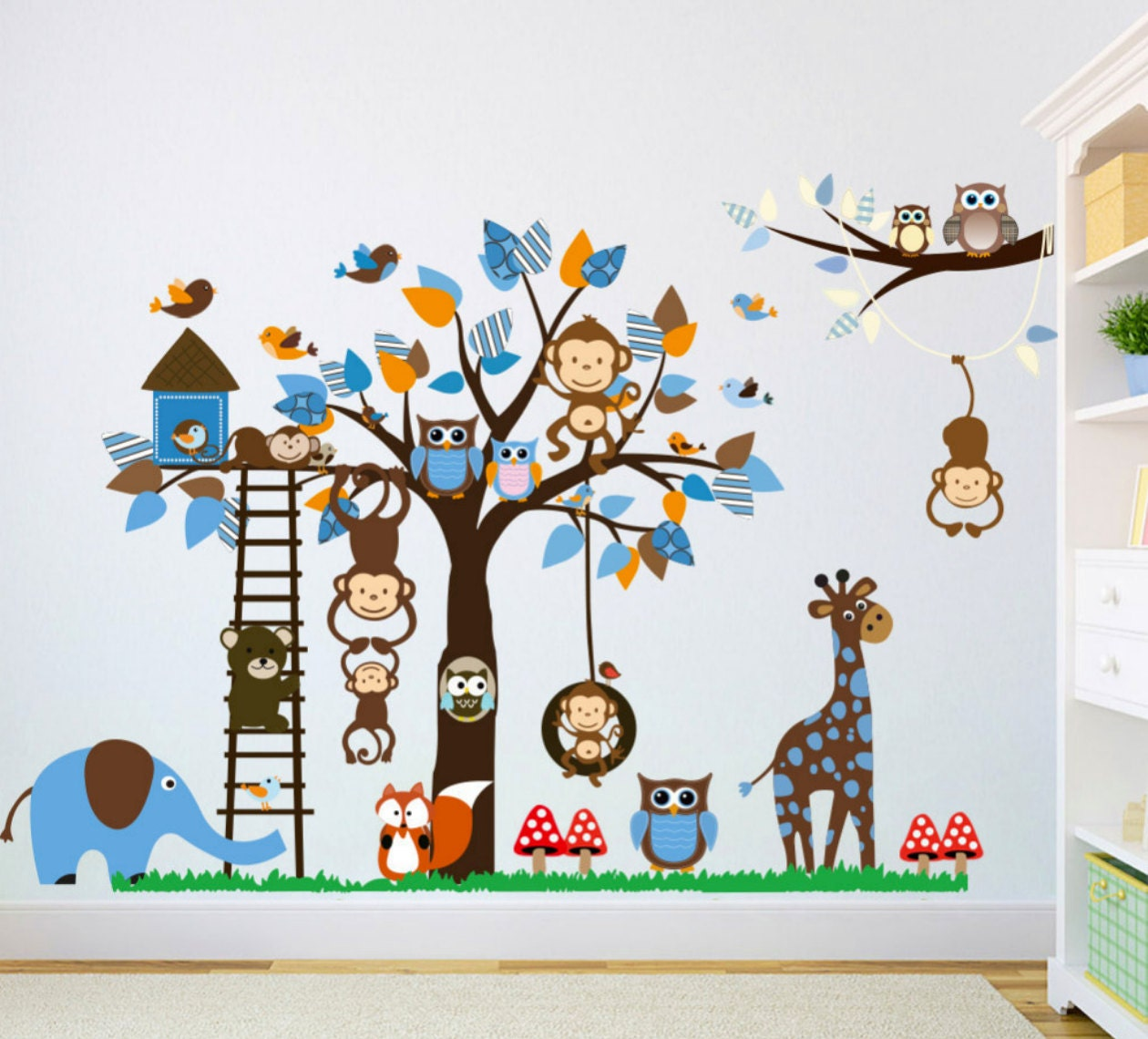 forest animals tree wall decal woodland friends huge tree. Black Bedroom Furniture Sets. Home Design Ideas
