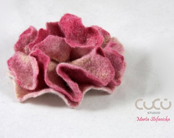 Felted brooch PINK flower brooch pink and white flower brooch