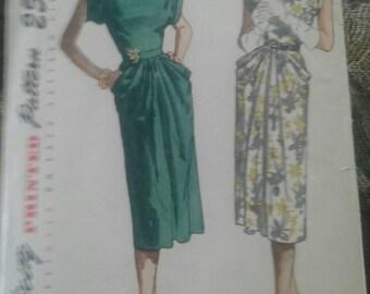 Vintage 1940's  Simplicity  Dress Pattern 2087 Size 12/Bust 30