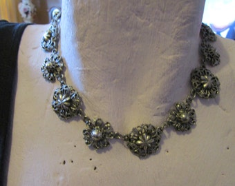 """vintage Jewelcraft silvertone metal choker necklace 16""""long in good condition for age"""