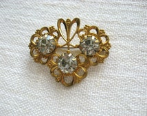 Floral Glass Brooch/ Czech glass crystal brooch/ old russian jewelry/ faceted crystals clear sparkling/ wedding bridal pin brooch/ from USSR