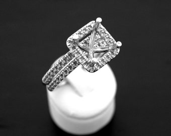 14 Karat White Gold Engagement Set Mounting!