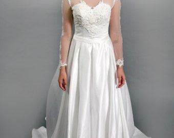 Classic Long Sleeves Satin Lace Applique Wedding dress, Illustration neckline satin bridal gown