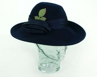 Women's Bonwit Teller Dark Blue Wool Hat Green Leaf Wide Brimmed Vintage Cloche Felt Sun Hat Retro With Buckle Medium Size
