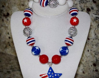 Children's / Adults U.S.A, Patriotic, 4th of July, Stars and Stripes Bubblegum Necklace and bracelet with star pendant.