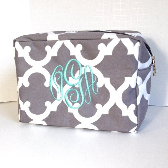 Monogrammed Grey Makeup Bag, Gray and White Makeup Bag, Personalized Cosmetic Bag, Cosmetic Pouches, Bridesmaids Gifts, Bridal Shower Gift
