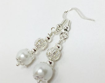 Pearl Wedding Earrings White Pearl Drops White Wedding Party Gift Bridesmaid Gift Mother of the Bride Gift Fall Wedding Brides Jewelry