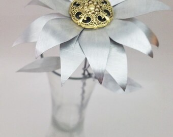 Recycled Metal Daisy (Made from recycled pop cans), Metal Flower, Metal Flowers