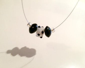 Polka-dot,black and white,glass,wire,necklace,glass beads,beaded,seed beads,delicate wire,handmade,unique,dots,jewelry,simple,unique beads