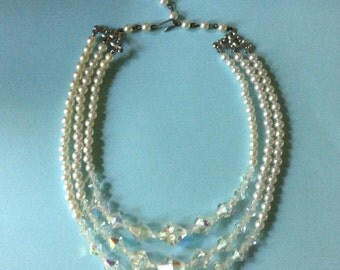 3 strand pearl necklace costume jewelry