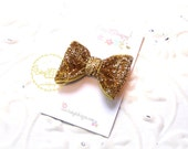 "Girls Gold Glitter Sparkle 2"" Bow Baby Clip Newborn Snap Clips Fancy Toddler Dress Up Bow 