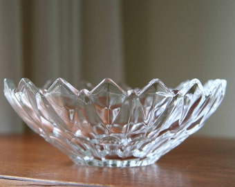 ICE FLOWER: Vintage MIKASA Modern Art Glass Bowl, Crystal Clear, Geometric Pattern, Flared Upper Edge, Sculpted Jagged Peaks, Made in Japan