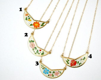 Vintage Bib Chokers, Layered Necklaces, Small Colorful Necklace, Enamel Pendant, Layer Necklace Rose Red, Necklace Orange & White