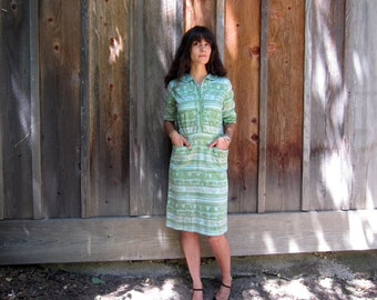 1950s day dress Cotton green Shirtwaist day dress abstract print S/M