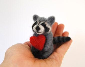 Needle Felted Raccoon. Wool Felt Raccoon. Miniature Raccoon. Needle Felted Animal. Animals With Felted Hearts. Gifts For Boys. Felt Toys