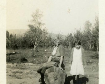 "Vintage Photo ""Life in Driftwood Hills"" Snapshot Antique Photo Old Black & White Photograph Found Paper Ephemera Vernacular - 74"