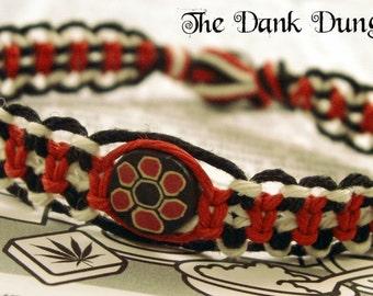 Red Black White Hemp Bracelet, Flower Hemp Bracelet, Clay Bead Hemp Bracelet, Hippie Bracelet, Natural Jewelry, Hemp Eco Friendly Bracelet