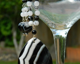 Black and White Gemstone Jewelry Set - Agate, Quartz - Beaded Necklace and Earrings - O.O.A.K.