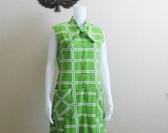 Mod Green Dress Medium Knee Length Sleeveless 1960s