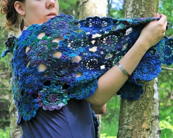 Treasures of mermaids - unique handspun and crochet flower shawl !FREE SHIPPING!