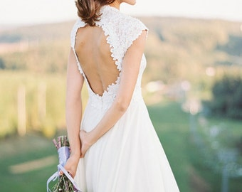 Milk shade open back wedding dress // Romantic wedding dress // Simple wedding dress // Modest wedding dress // A-line wedding dress