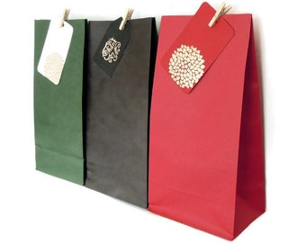 Set of 12 Elegant Standup Gusseted Paper Bags - available in Green, Red or Black