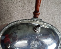 Vintage silent butler/ashtray with the lion rampant mark