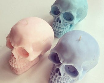 Skull candles - set of two - 100% soy-wax - your choice of colour & scent