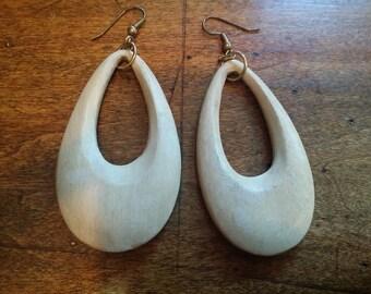 Ladies wood dangle earrings