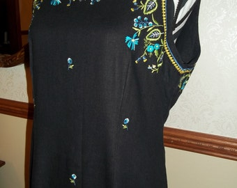Ladies 1990s Vintage Size 12 Black Embroidered Dress