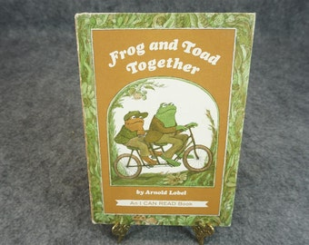 Weekly Reader books Presents Frog and Toad Together by Arnold Lobel c. 1972
