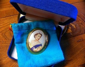Vintage Queen Elizabeth II Coronation Brooch 1953 Commemorative